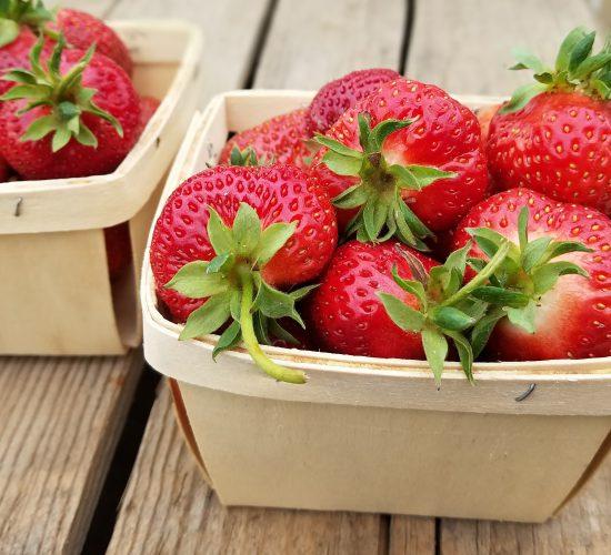 Strawberry Hood Pint