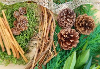 Wreath Grapevine with Supplies 1